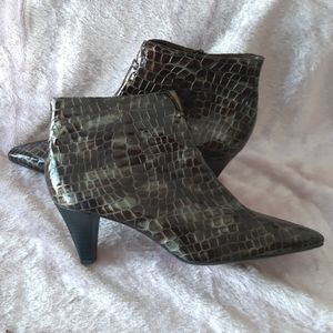 NWOT Peter Kaiser German boots leather pointy toe